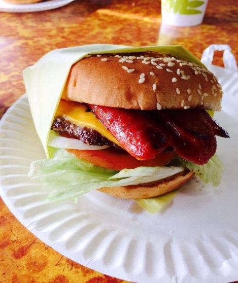 Mikes Hockey Burger