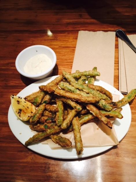 Veggie Grill tempura green beans